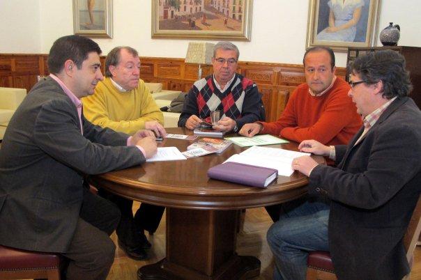 Reunion-Francisco-Reyes-Diputación-Provincial-Jaén-Sebastian-Molina-Federacion-Andaluza-Bolos