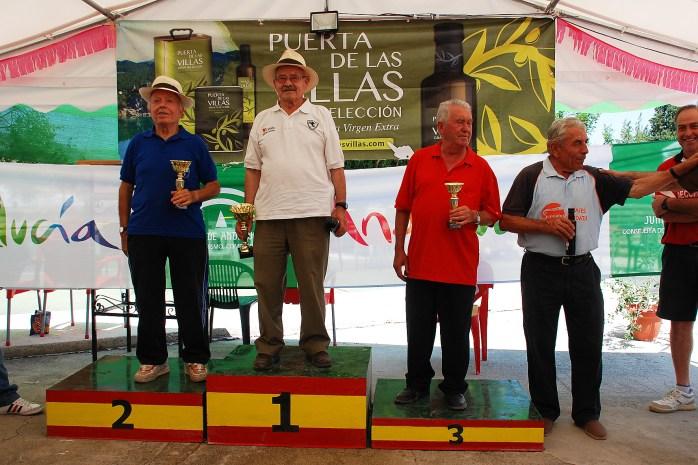 podium-veteranos-A-Copa-FEB-Bolo-Andaluz-montaña-mogon-2013-red