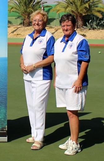 ladies-pairs-winners